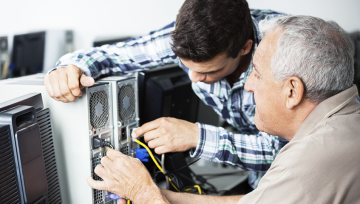 Why Vaughan Residents Should Get an Onsite Computer Repair Service Technician